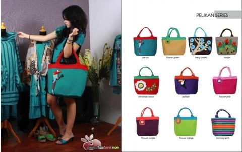 tas maika etnik 2012 hal pelikan, tas karakter parrot, tas samping wanita cantik