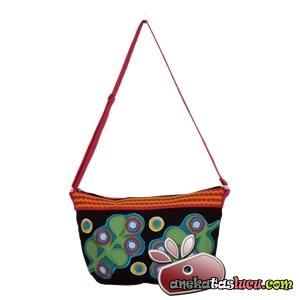 tas selempang wanita dewasa saffron green